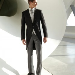 indossare la massima eleganza della moda cerimonia uomo sposo