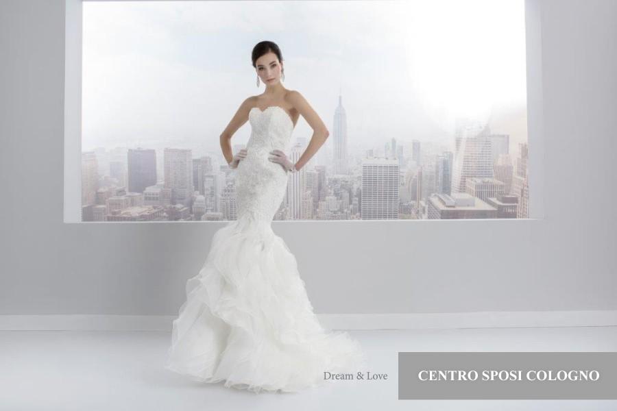 Abiti da sposa fashion milano - Fronte