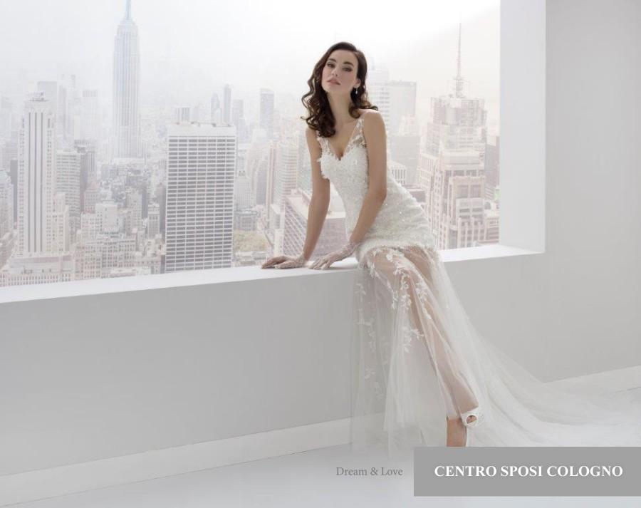 17660748ce28 prezzi abiti da sposa Centro sposi Cologno Dream e Love 2018 7066A ...